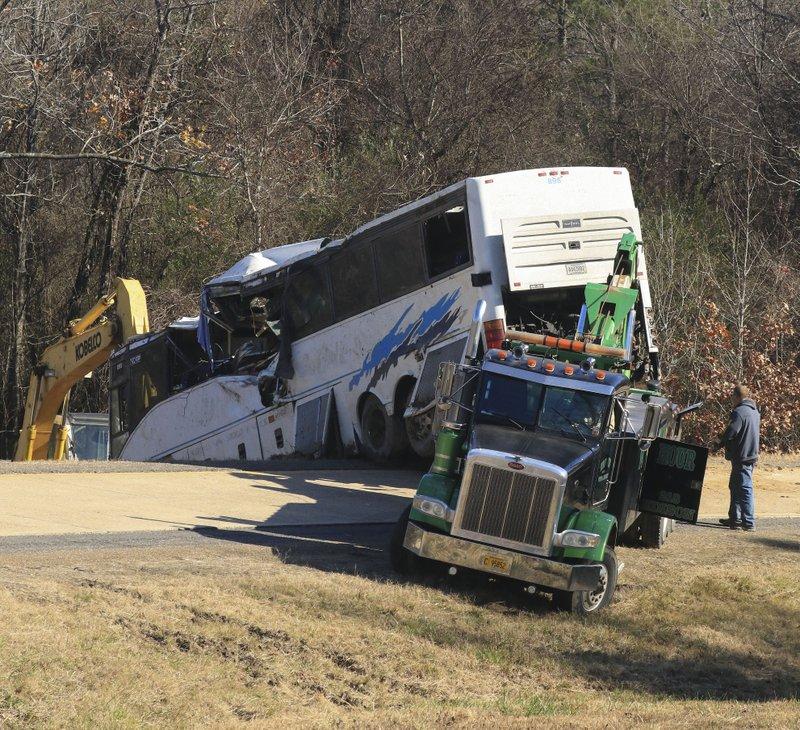 Football-tourney bus crash on I-30 probed