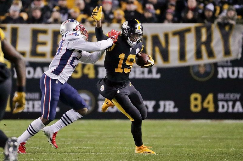 93f7a1538 Pittsburgh Steelers wide receiver JuJu Smith-Schuster (19) wanted to inform  fantasy football league owners that he will play in today s game against  the New ...