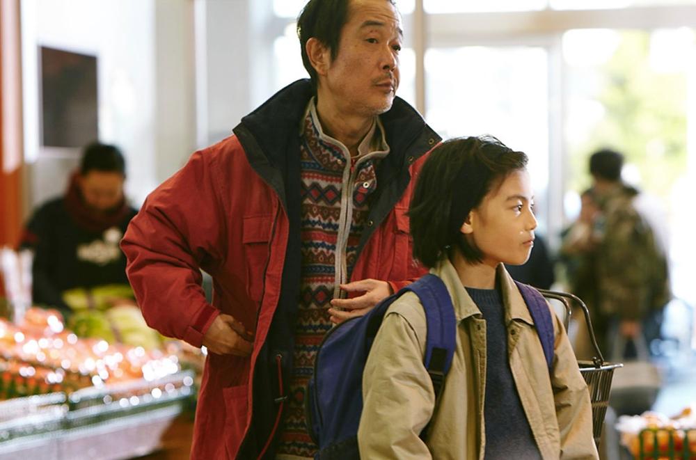 Lily Franky (left) and Jyo Kairi star in Hirokazu Kore-eda's powerful Shoplifters.