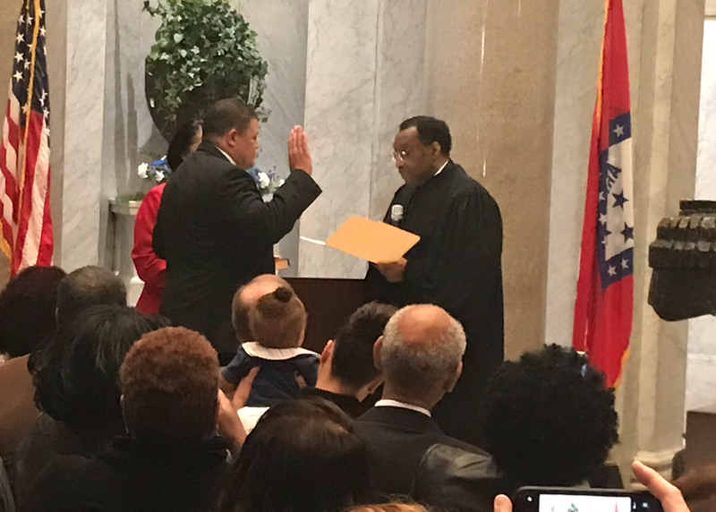 Higgins sworn in as new Pulaski County sheriff