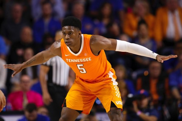 Tennessee guard Admiral Schofield (5) against Florida during an NCAA college basketball game Saturday, Jan. 12, 2019, in Gainesville, Fla. Tennessee defeated Florida 78-67. (AP Photo/Matt Stamey)