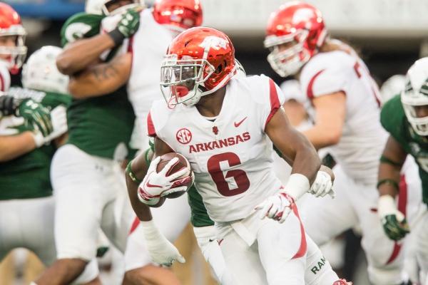 Arkansas RB T.J. Hammonds back on scholarship
