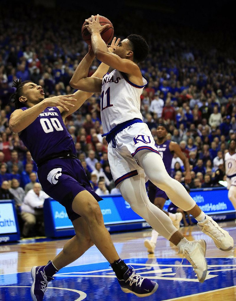 Kansas Jayhawks Hold Off Scrappy >> Kansas Recovers From Whipping
