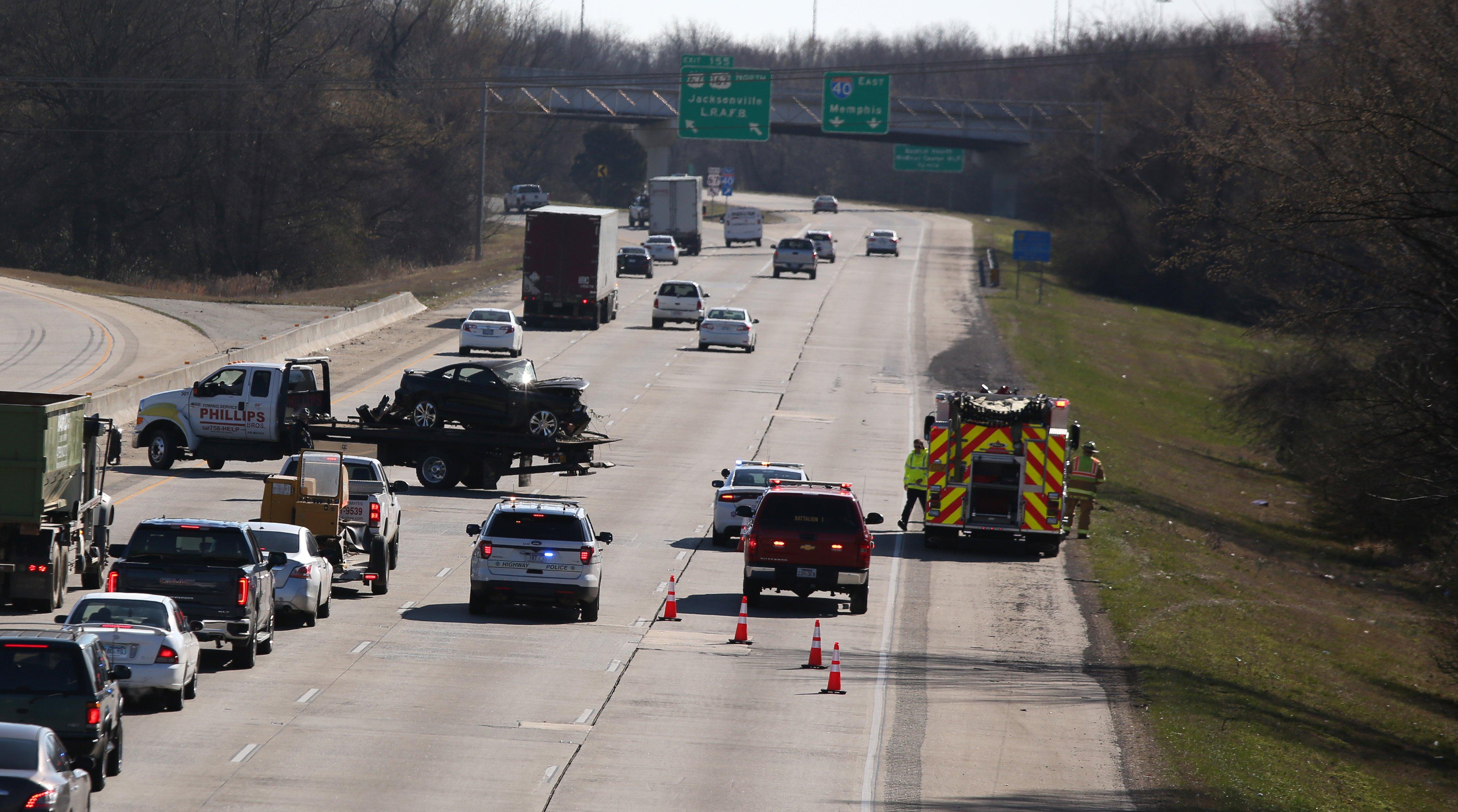 Arkansas woman killed, child injured, on I-40 crash in North Little Rock
