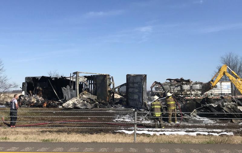 Wrecks on Interstate 40 in Arkansas leave 3 people dead