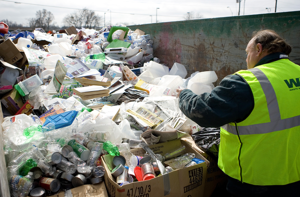 Texarkana discontinues monthly recycling program, citing inability to 'bear the expense'