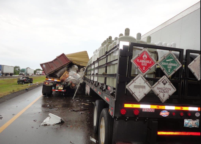 Fatal I-40 crash involving 8 vehicles in east Arkansas cleared