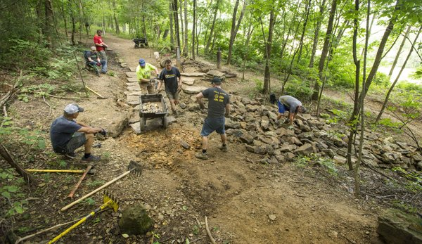 Campaign to expand trail system at Kessler Mountain in Fayetteville