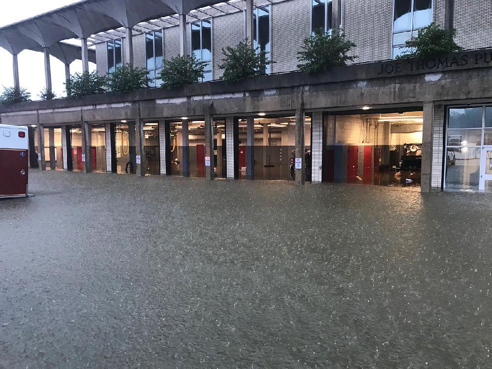 Fast, heavy rainfall floods Pine Bluff complex