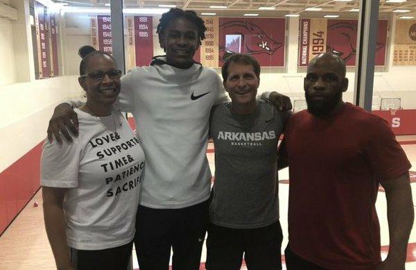 Rondel Walker goes in-depth on Thursday's Arkansas visit