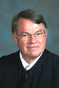 Benton County judge seeks re-election