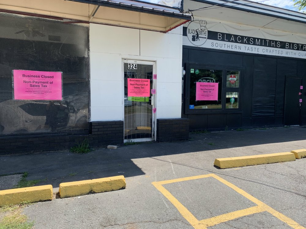 Arkansas Democrat-Gazette/ERIC E. HARRISON Blacksmith's Bistro, 324 E. 13th St., North Little Rock, has been shut down for non-payment of state sales taxes. Arkansas Democrat-Gazette/Eric E. Harrison