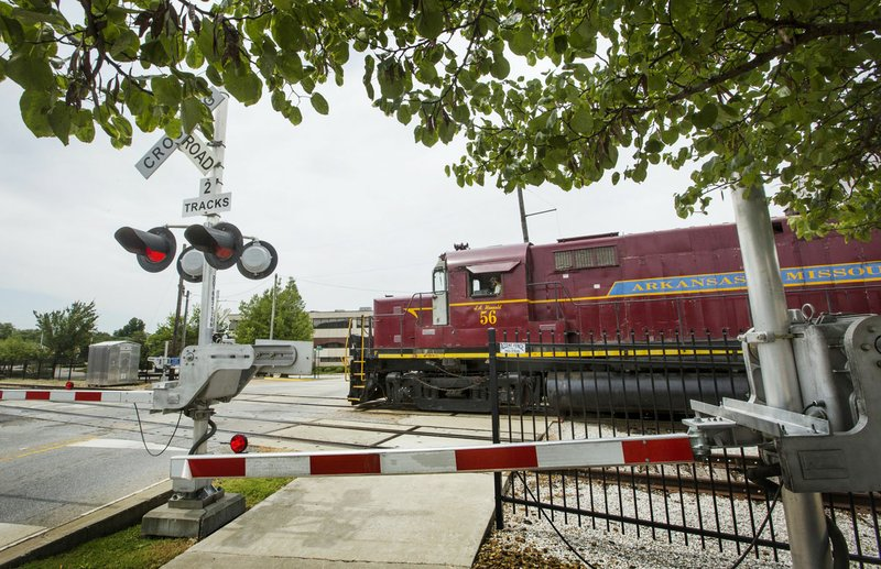 Springdale plans new railroad crossing