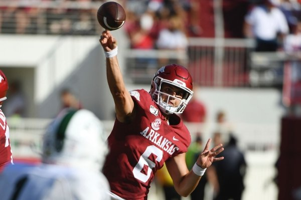 Arkansas quarterback Ben Hicks throws a pass against Portland State during an NCAA college football game, Saturday, Aug. 31, 2019 in Fayetteville, Ark. (AP Photo/Michael Woods)
