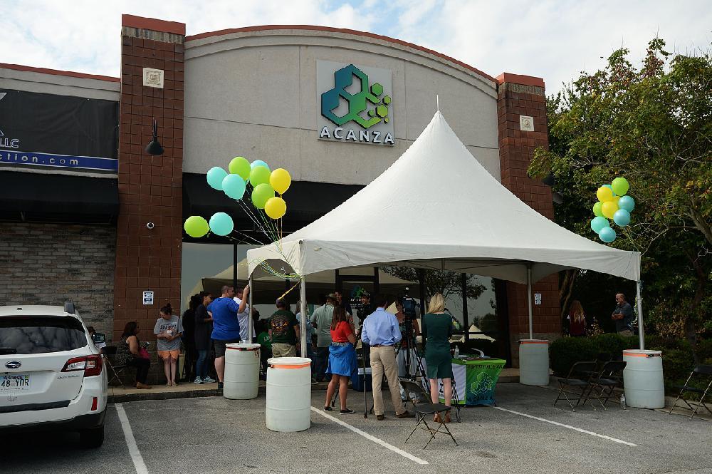 Retailer city's 1st to vend Rx pot