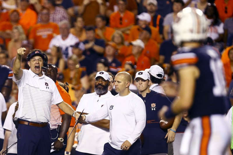 Showdown In Swamp Malzahn Mullen Tip Visors To Spurrier