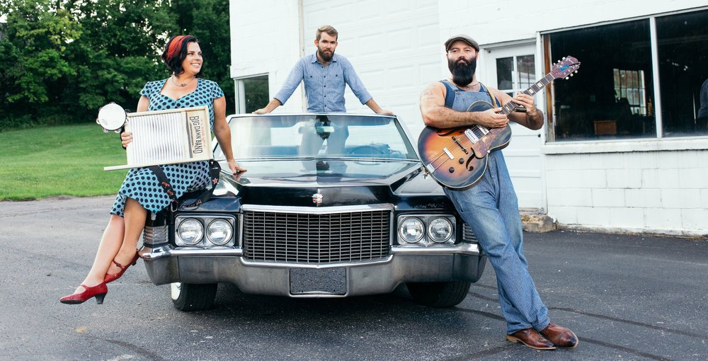 """The Rev. Peyton and Big Dam Band -- (from left) """"Washboard"""" Breezy, Peyton, Max Senteney"""