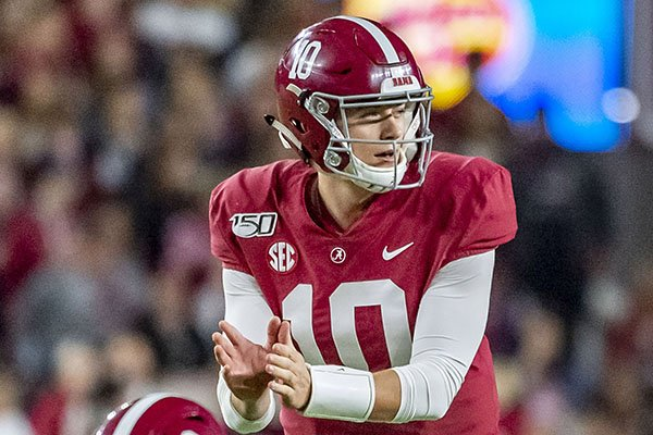 Alabama quarterback Mac Jones (10) during the second half of an NCAA college football game against Tennessee, Saturday, Oct. 19, 2019, in Tuscaloosa, Ala. (AP Photo/Vasha Hunt)