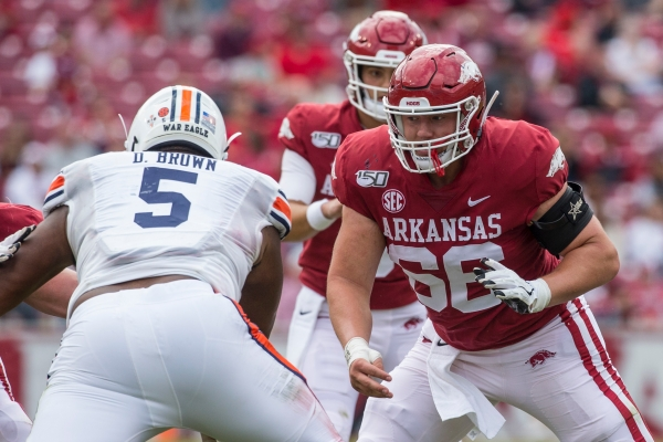Clary: Hogs' offensive line must step up