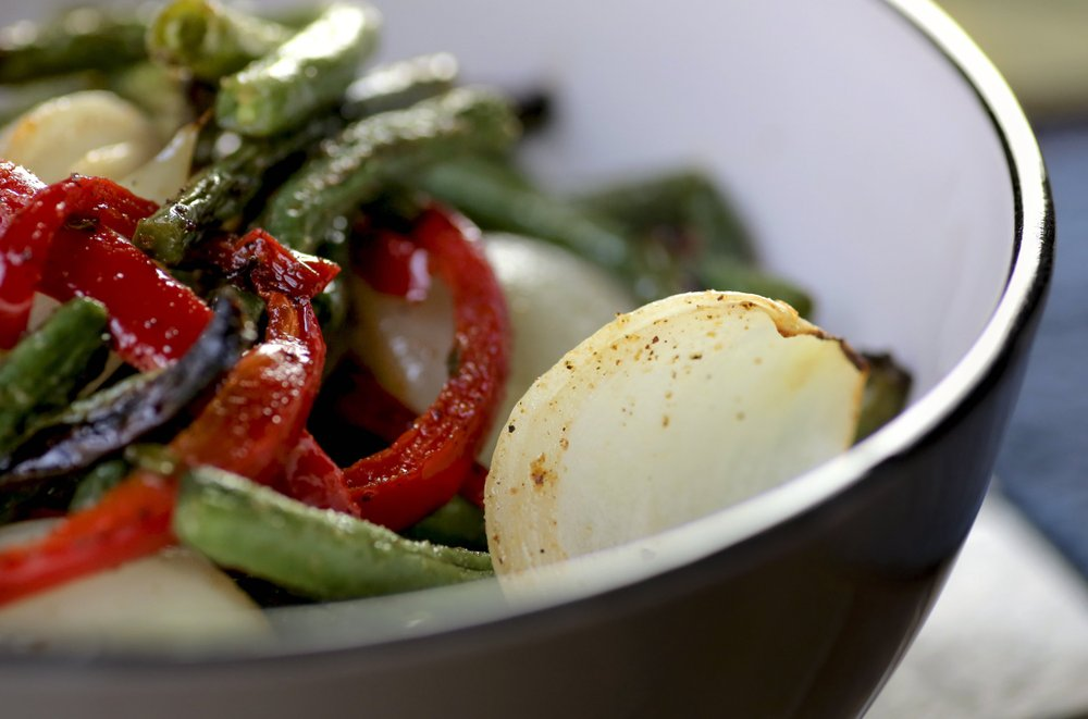 Simple and Easy Roasted Green Beans and Red Bell Pepper Photo by John Sykes Jr.