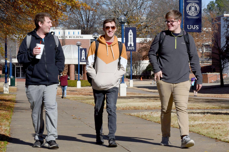 UAFS reports decrease in fall semester grads