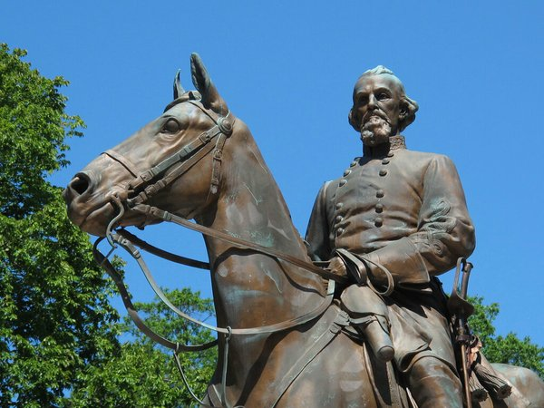 Tennessee governor wants to amend law celebrating Confederate general