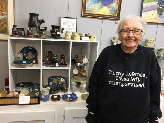 Mary Curtis Fayetteville Mary Curtis has been making stoneware pottery for 40 years and showing it at Heartwood since 2003. Her work can also be seen at Ozark Folkways, Terra Studios and the Botanical Garden of the Ozarks.