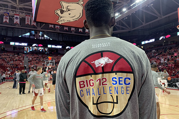 Follow live: Arkansas hosts TCU in Big 12/SEC Challenge