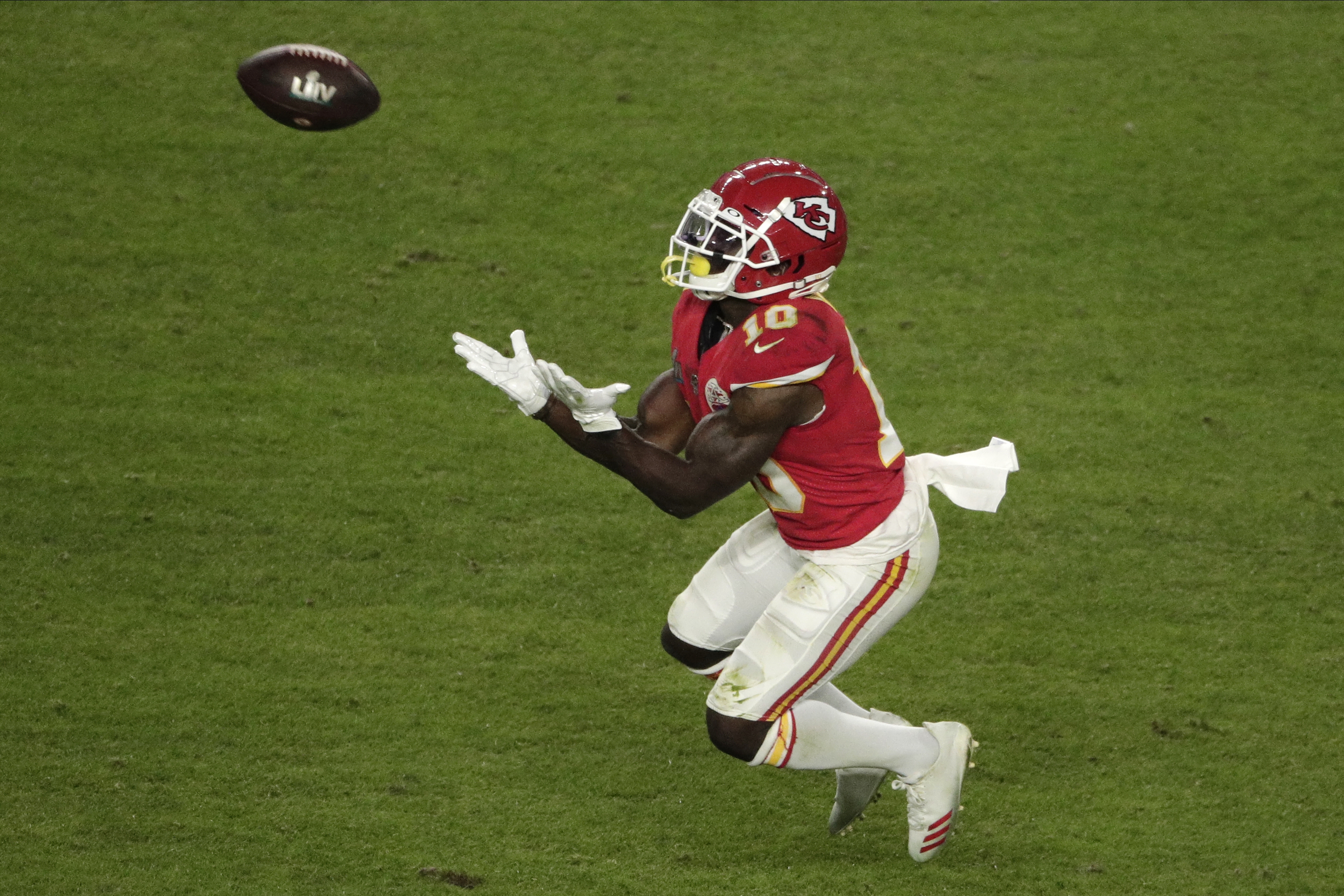 """Image result for patrick mahomes tyreek hill 44yards"""""""