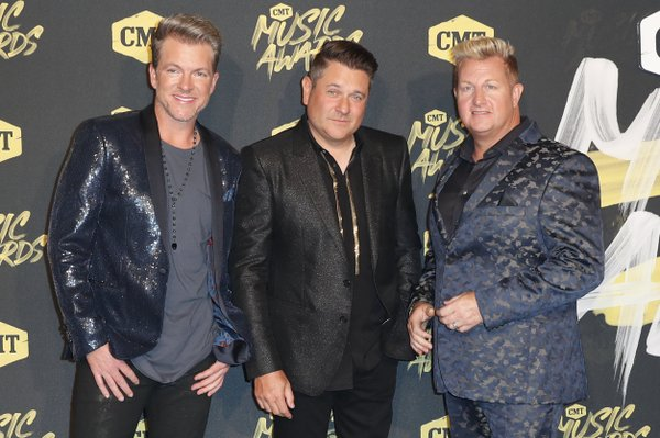 Rascal Flatts sets concert at Walmart AMP