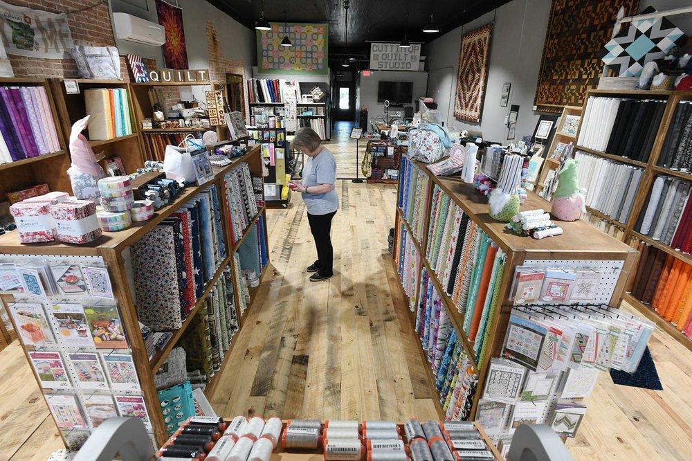Northwest Arkansas Small Family Stores Adapt Sales