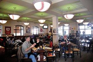 Ump's Pub & Grill