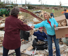 Volunteers help Vilonia tornado victims clean up