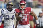 Devwah Whaley on becoming more comfortable in a bigger role, pass blocking + more